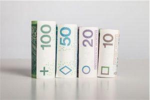 Czy brak umowy o pracę przekreśla możliwość wzięcia pożyczki na raty?